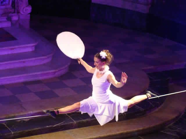 Karine Cordelle : Artiste de Cirque et Maquilleuse