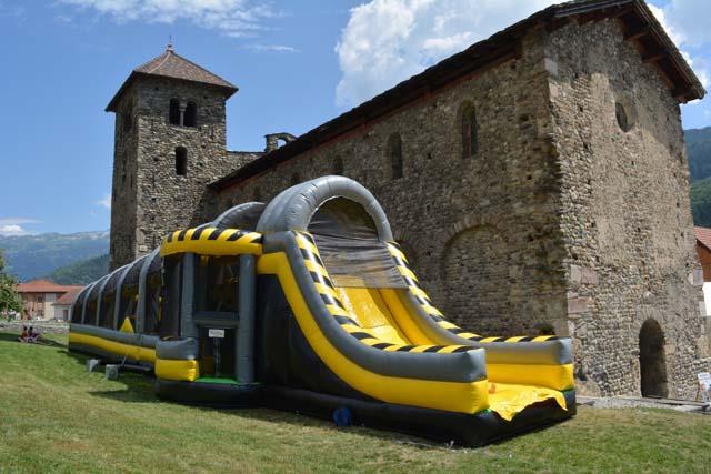 Gonflalpes événementiel  : location de château et structure gonflable