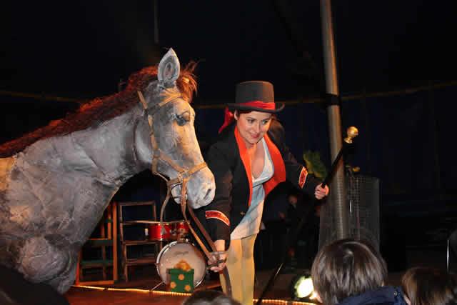 LE BONHEUR EST DANS LE CIRQUE : spectacle et animations cirque