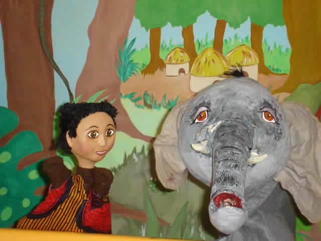 Le théatre d'élodie : théâtre de marionnettes et Magie