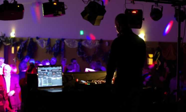 Vibes and Sound : DJ professionnel