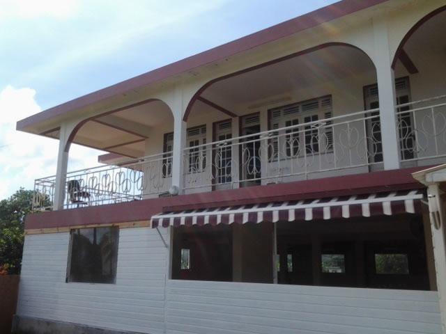 Location de salle de mariage dom tom basse terre fort for 972 martinique location maison