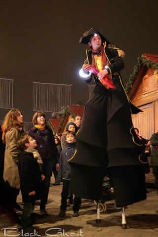 Cie Bitume Session : jonglerie, thêatre et arts du cirque.