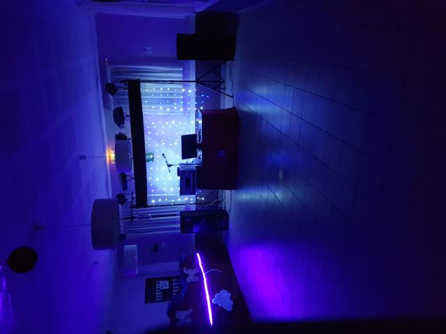 DECIBEL ANIMATION : DJ Mariages, DJ Anniversaires
