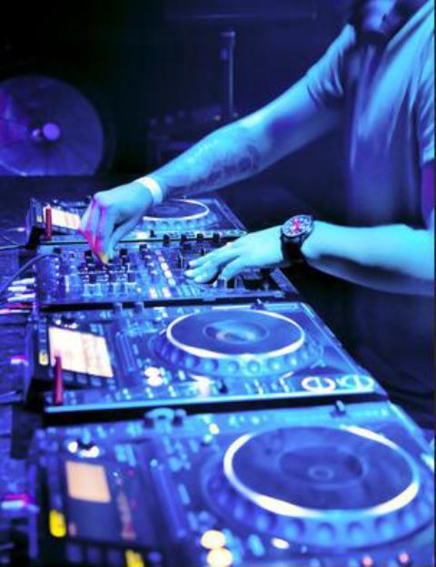 DJ STEVENS : Animation de soirée par un DJ