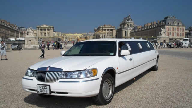 location de limousine cher 18. Black Bedroom Furniture Sets. Home Design Ideas