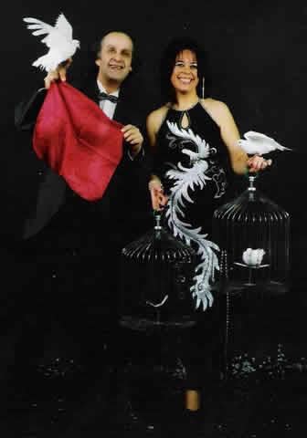 Crystale et Luc John's : Magicien pour enfants et adultes