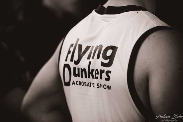 FLYING DUNKERS
