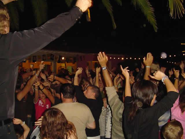 Formation José FASAN  : animation soirée dansante, karaoké, bal.