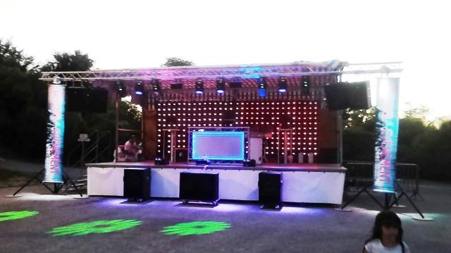 DECIBEL EVENEMENT84 : DJ Animation événementielle