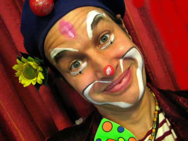 Jyjou* le Clown-Magicien, Mime et Fleur ! : Clown magicien mime spectacle ballouneur