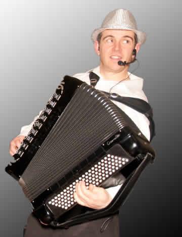 Accordéons-nous ! : accordéoniste/claviériste-chanteur