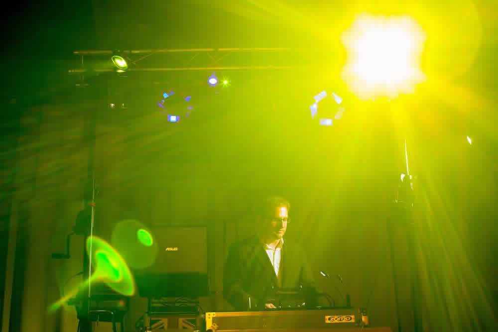 Py Animation : DJ animateur, dîner de gala, mariage