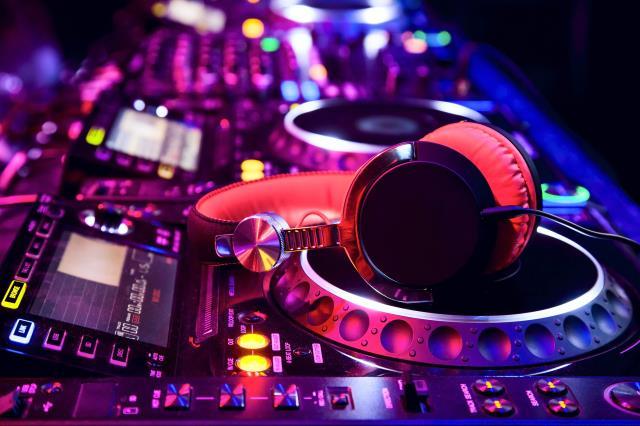 Electique Deejay : DJ / Animateur - Mariage