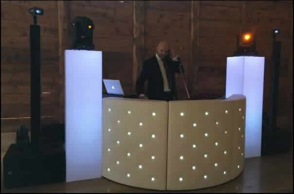 Willy ANIMATION : DJ sonorisation discomobile