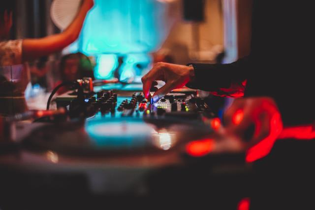 magnum45 : DJ animation pro