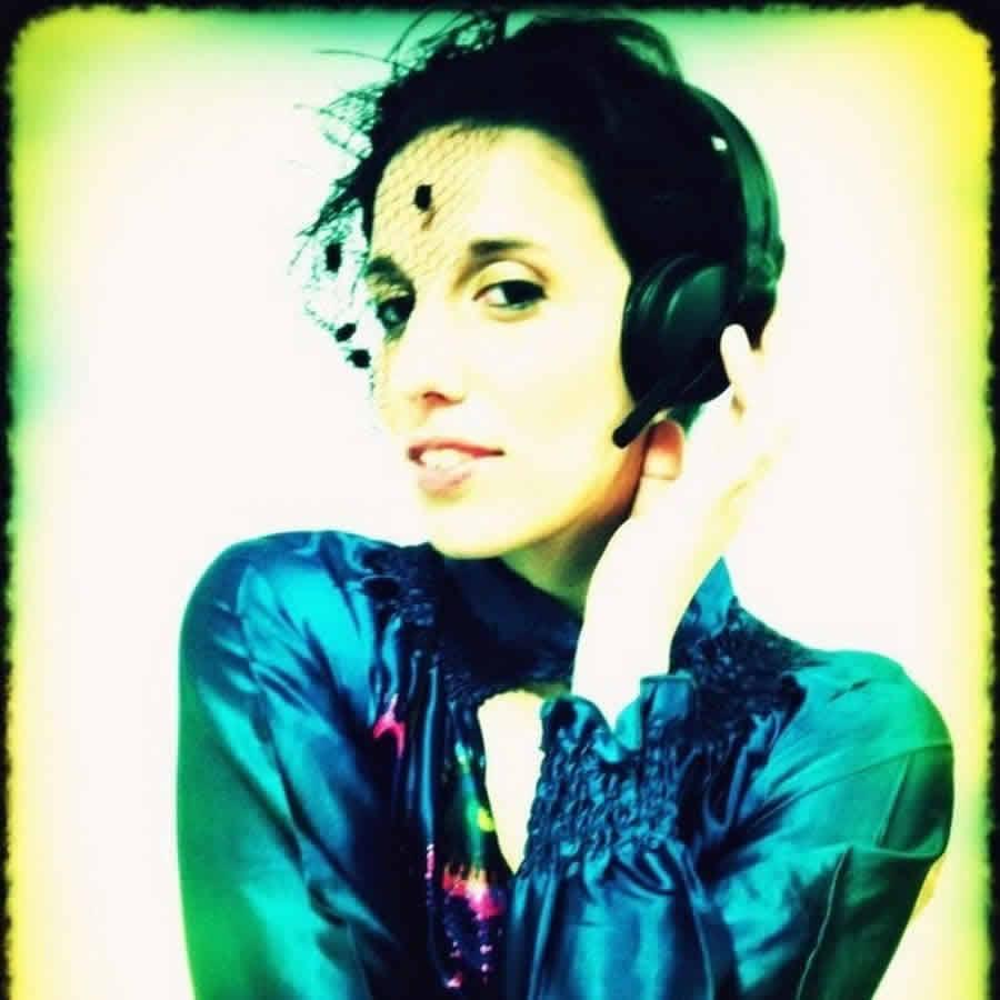 LADY DJ D-JET CONCEPT : DJ inimitable pour une fête