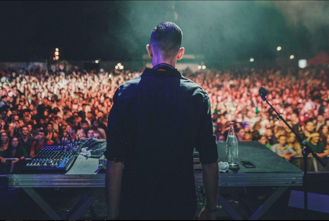 SONOR : DJ, Musique live, Feux d'artifice,