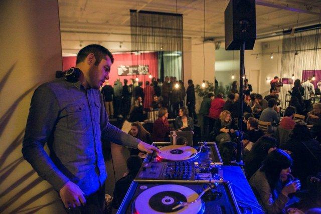 BRIAND SEBASTIEN : Célébration inédite avec un DJ