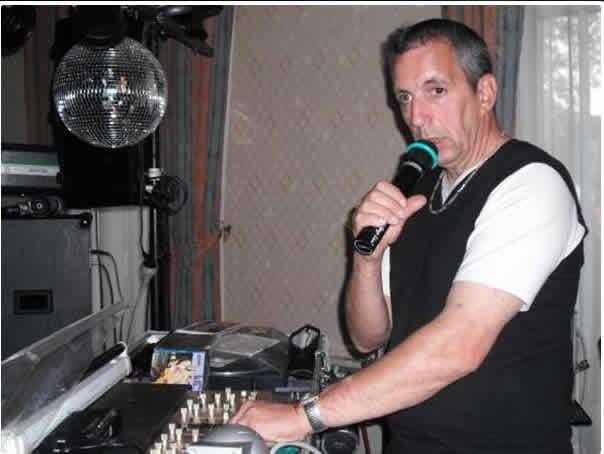 ANGIE TIMI : Un DJ  pour votre réception