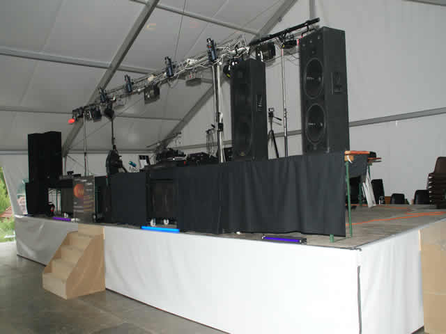 TL MUSIC : DJ sonorisation discomobile