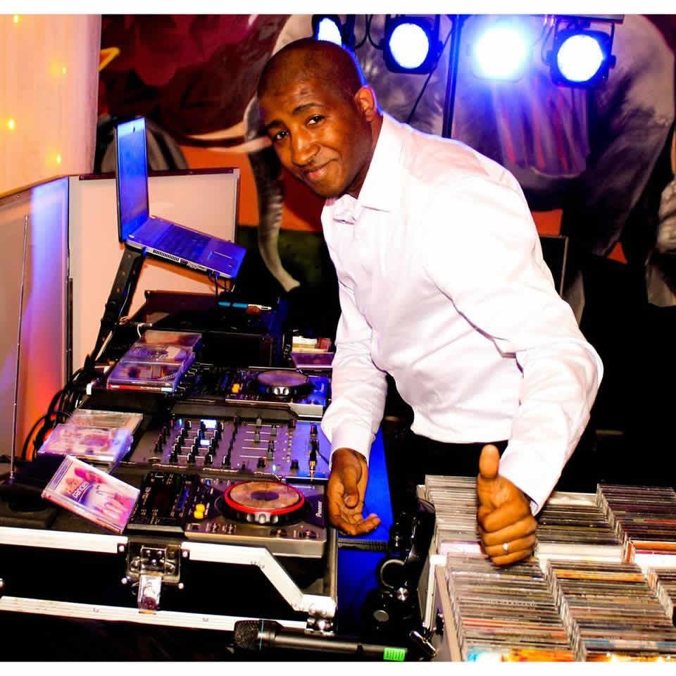 DJ FOUED ORLEANS DEVIENT DJ KANZ : MARIAGE BAPTEME ANNIVERSAIRES SOIREES...