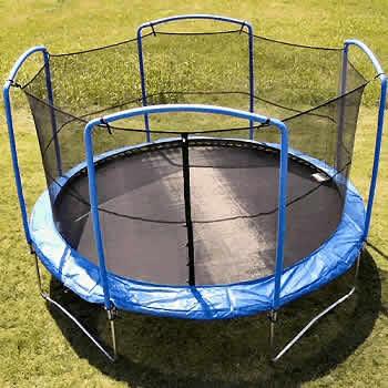 HOME LOISIRS : Location et vente de trampoline, échasse