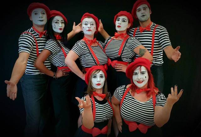 France D PROD : Spectacle de cirque de rue et sportive