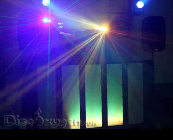 Animations Discoxygen : Dj, chanteuse, discomobile