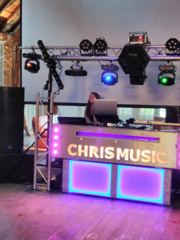podium CHRISMUSIC : professionel de l'animation