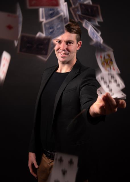 Gaetan Goavec : Un magicien avec l'art de divertir