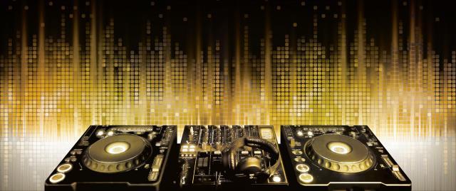 DJ.MCCA : Jusqu'au bout de la nuit avec DJ.MCCA