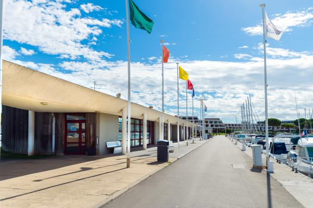 Yacht Club de Port-Camargue