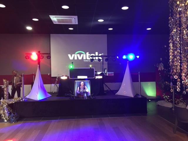 SARL SL MUSIQUE : DJ, magicien et organisation