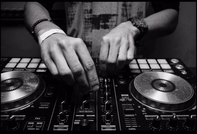 Lucas Cassia : dj événementiel