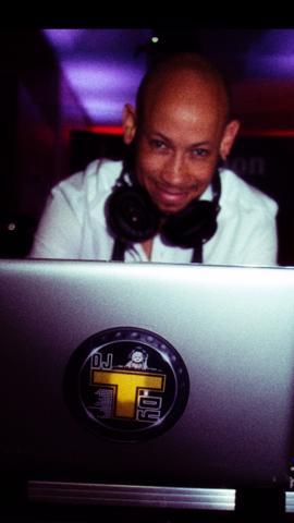 DJ T'DY MIXx' Entreprise :  DJ compétent égal une soirée réussie